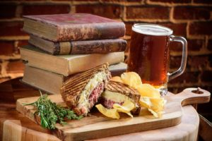 st-augustine-restaurant-reuben-sandwich-pub-english-pub-food-chatsworth