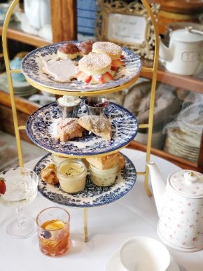 Bridgerton-afternoon-tea